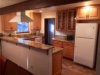 Cozy 3 bedroom House in South Lake Tahoe - South Lake Tahoe vacation rentals