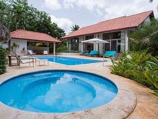 Fabulous 5 Bedroom Villa in Casa de Campo - La Romana vacation rentals