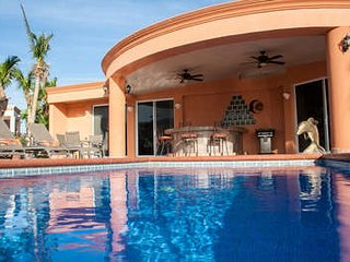 Fantastic 4 Bedroom Villa in Cabo San Lucas - Cabo San Lucas vacation rentals