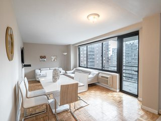 The Ideal 2 Bedroom Getaway by Central Park UWS - New York City vacation rentals