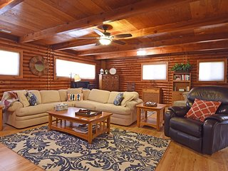 Charming 3 bedroom Kings Beach House with Internet Access - Kings Beach vacation rentals