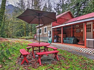 2BR Puget Sound Cabin w/ Hot Tub and Hiking Trails - Baring vacation rentals