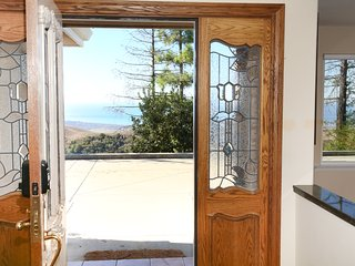 Hill Top Estate With Views Of The Central Coast - Cambria vacation rentals