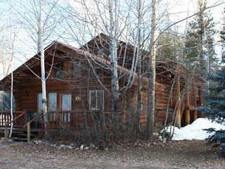 Sleeping Wolf Log Townhome at Wolfridge Resort - Winthrop vacation rentals
