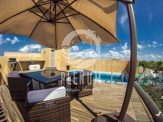 Luxury Penthouse/ Lujoso Penthouse PLAYACAR 7 pax - Playa del Secreto vacation rentals