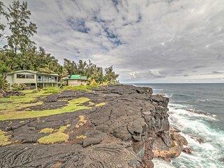 NEW! Oceanfront 2BR Keaau Sunrise Paradise House! - Keaau vacation rentals
