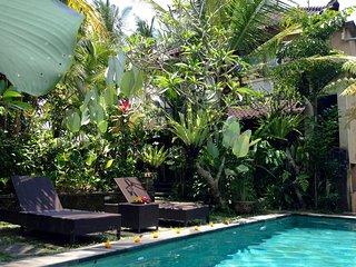 "OFFER ""Arjuna"" suit - pool, view, breakfast - Petulu vacation rentals"