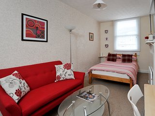 Central Bath Monmouth Place Apartment - Bath vacation rentals
