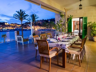 Villa de lujo en la playa. La Caleta. - Port de Soller vacation rentals