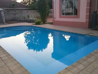 Bright 8 bedroom Livingstone Guest house with Internet Access - Livingstone vacation rentals