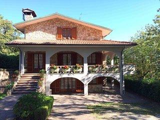 I Castagnacci - Flat in villa - Near Montecatini Terme (Tuscany) - Marliana vacation rentals