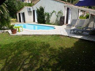 proche  Aubagne,   auriol  villa avec piscine - Auriol vacation rentals