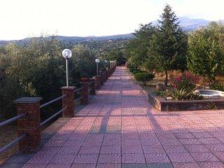 Casa-Villa alle pendici dell'Etna - Ragalna vacation rentals
