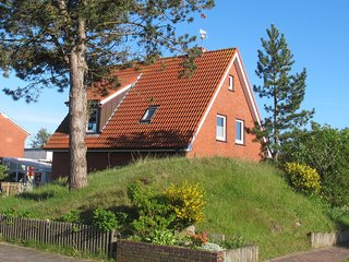 Cozy 3 bedroom House in Borkum with Internet Access - Borkum vacation rentals
