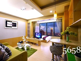 Kaohsiung 85 Cape Inn (Double Room - City View) - Kaohsiung vacation rentals