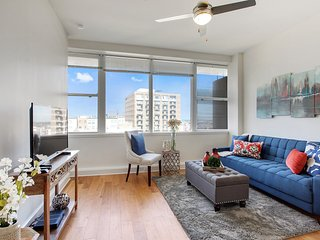 Cozy Condo with Internet Access and A/C - New Orleans vacation rentals