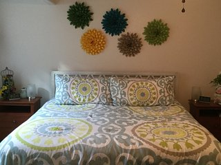 King bed, private bath, private entrance - Johnstown vacation rentals