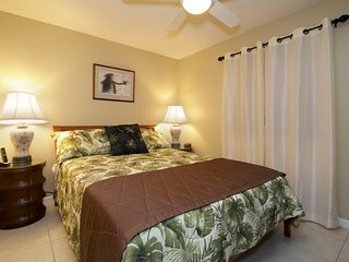 Ground Floor; Renovated 3BR; Walk to the Beach! - Kihei vacation rentals