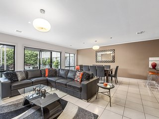 4 bedroom House with A/C in Mount Gambier - Mount Gambier vacation rentals