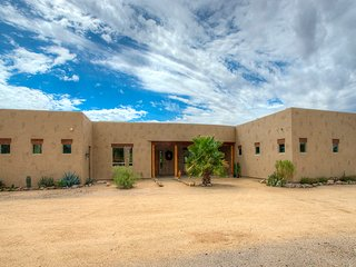 Spacious House with Internet Access and A/C - New River vacation rentals