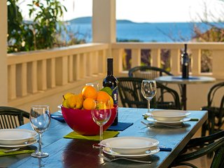 Nice Condo with Swing Set and Television - Hvar vacation rentals