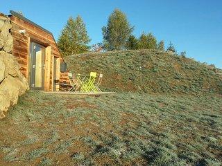 Camping de Saint-Urcize, lodge insolite avec vue panoramique sur l'Aubrac - Saint-Urcize vacation rentals