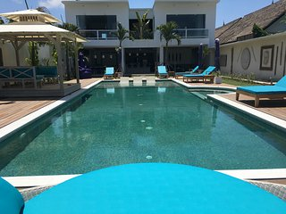 HOT DEAL, DECEMBER : THE HUGEST VILLA with the HUGEST PRIVATE POOL - Seminyak vacation rentals