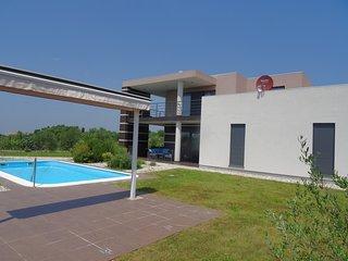 Grosszügige Villa OLIVIA -  für Geniesser - Jursici vacation rentals