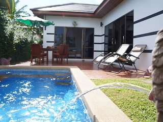 Tropicana Villa 2 bedroom with lovely pool - Phe vacation rentals