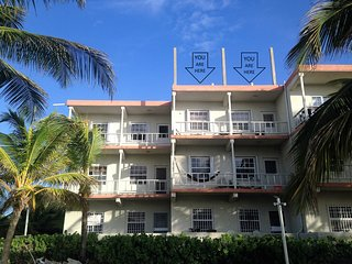 2 bedroom Apartment with Internet Access in San Pedro - San Pedro vacation rentals