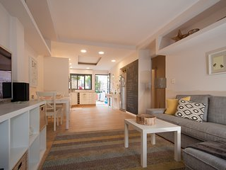 Lil' Cottage in Baka - Jerusalem vacation rentals