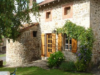 Nice House with Central Heating and Washing Machine - Saint-Auvent vacation rentals