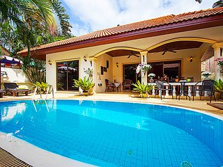 Luxurious 2 Bedroom Pool Villa - Coral Island - Nai Harn vacation rentals