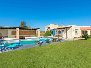 Perfect Villa with Internet Access and A/C - Pastida vacation rentals