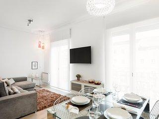 Jose Abascal Apartment - Madrid vacation rentals