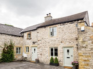 Leaside, our lovely Peak District Cottage - Great Longstone vacation rentals
