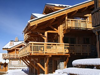 Bright 5 bedroom Cabin in Les Deux Alples - Les Deux Alples vacation rentals