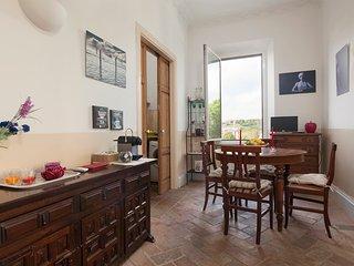 RAPHAEL APT CENTRE VATICAN MUSEUMS - Rome vacation rentals