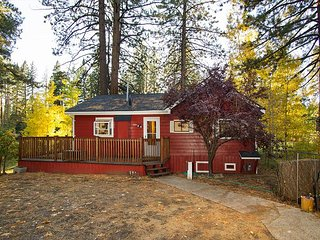 RED CABIN on Golf Course, SKI LEASE, near Northstar, - Tahoe Vista vacation rentals