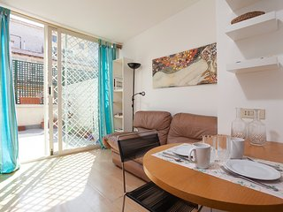 SIRIO TOP FLOOR WITH LIFT CLOSE TO TERMINI STATION - Rome vacation rentals