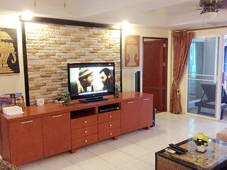 Large, centrally located, 7th. Floor Condominium. - Patong vacation rentals