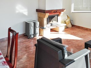Traditional 3-bedroom villa near Castellón with a furnished terrace - close to the beach! - Pobla Tornesa vacation rentals