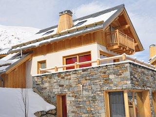 Bright 4 bedroom Cabin in Valloire - Valloire vacation rentals