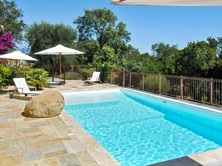 Newly remodeled Corsican villa with two apartments featuring a pool and sea views! - Linguizzetta vacation rentals