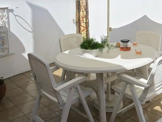 Cosy, 3-bedroom house in Póvoa de Midões with WiFi, a furnished terrace and breathtaking views! - Povoa de Midoes vacation rentals