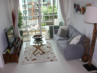 Beachside 1 bed condo at Seacraze, near Hua Hin - Hua Hin vacation rentals