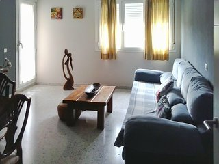 Well-appointed, 3-bedroom apartment in Sevilla with a furnished terrace and views of the river! - Seville vacation rentals