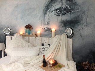 Design Apartment Schiller, moderne Ferienwohnung - Nideggen vacation rentals