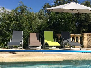Modern house with detached cottage, 3 terraces, pool and stunning views of the Pont du Gard! - Castillon-du-Gard vacation rentals
