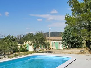 Country house in the Var, Provence, with 4 bedrooms, Wi-Fi, pool and 6000 sqm garden! - La Verdiere vacation rentals